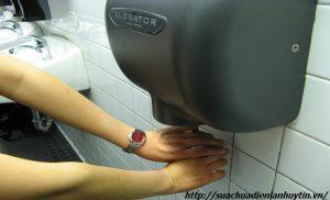 Sửa máy sấy tay uy tín tại Hà Nội
